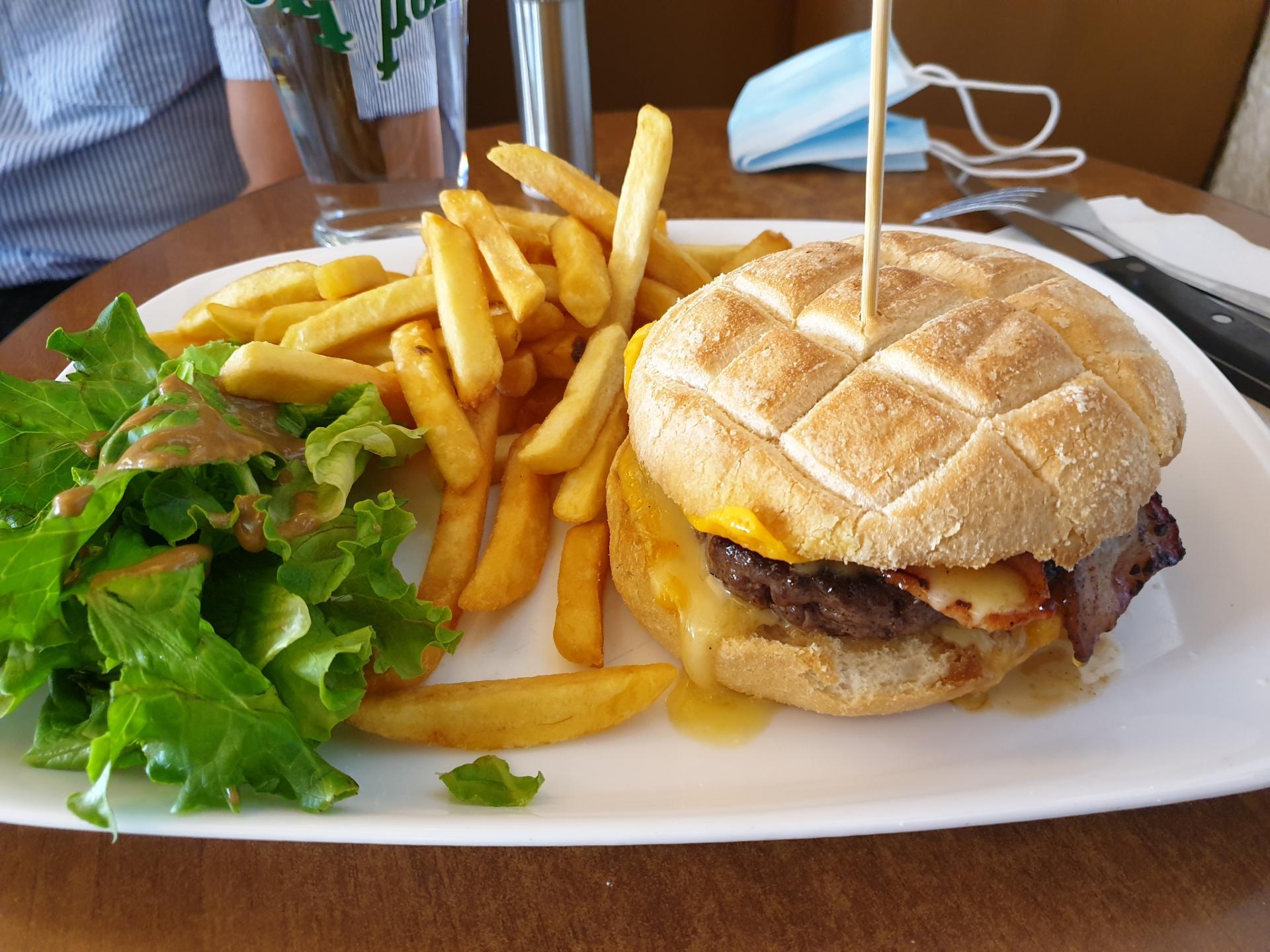 Burger bourguignon 1